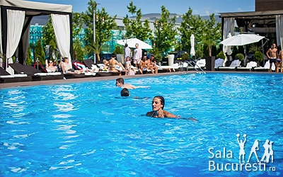 Blueberry Pool - Piscina Ambasad'or Otopeni